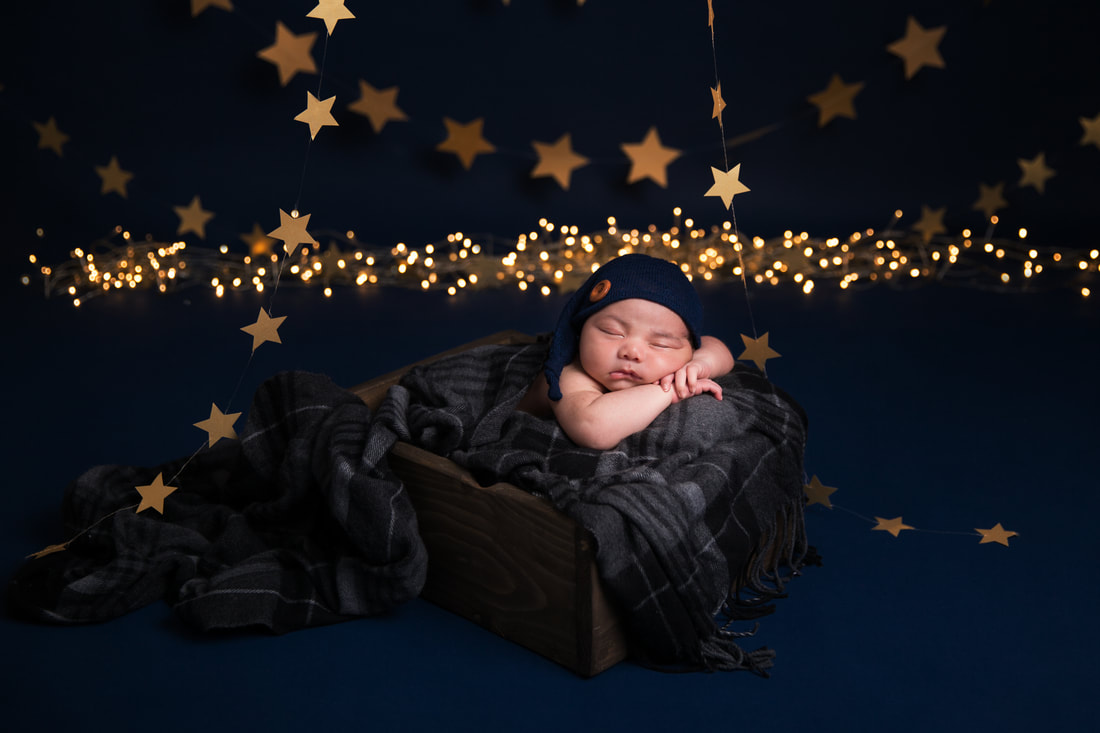 Clare Long photography Kent newborn photographer Picture stars twinkle twinkle little star